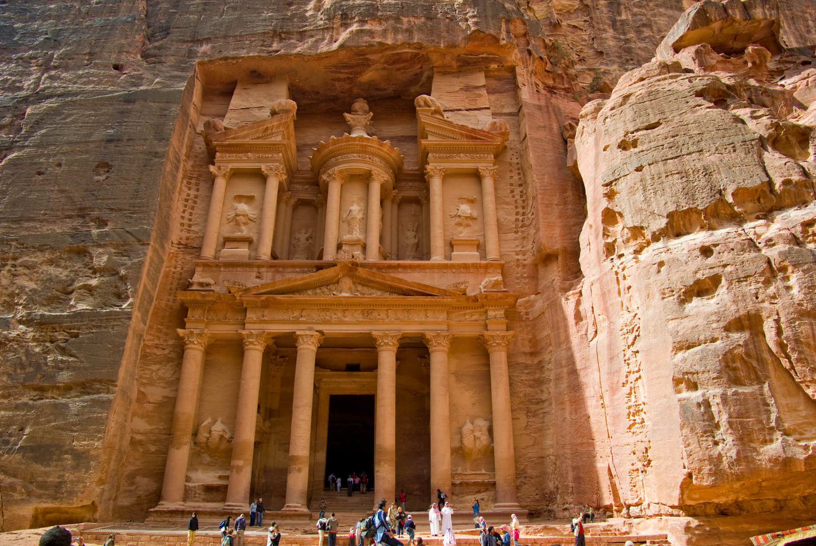 the-secret-entrance-to-petra.jpg